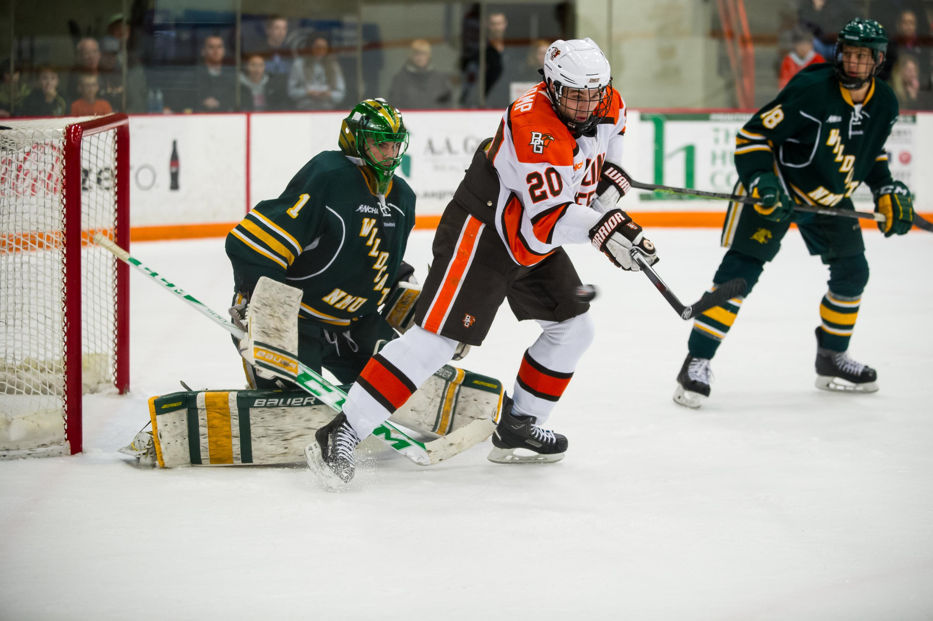 Late Goal by Pohlkamp Seals 4-3 Exhibition Win