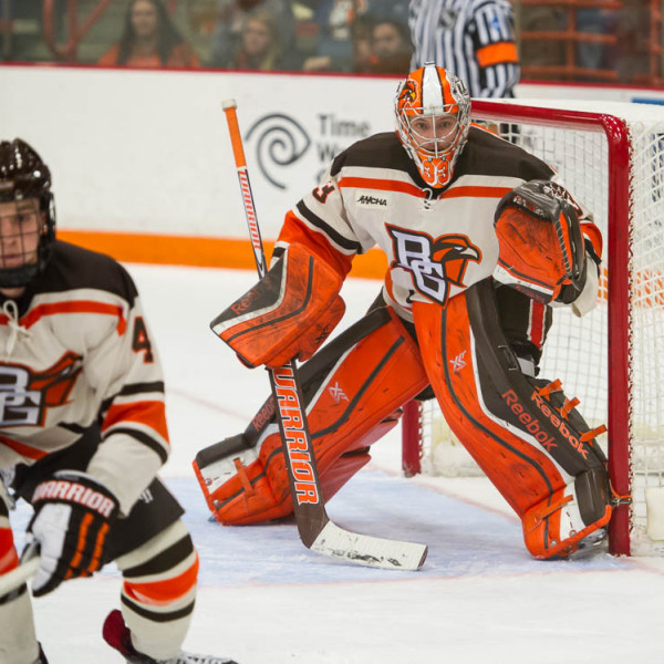 BG goalie Chris Nell prepares to make a save during last Friday's 1-1 tie against Lake Superior in the Ice Arena (Photo by Todd Pavlack/BGSUHockey.com).