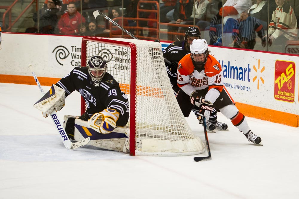 Nine Falcons earn points in 5-0 shutout of Chargers